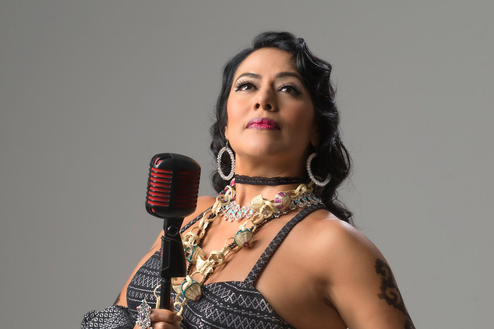 Lila Downs - Guitar Bcn 19